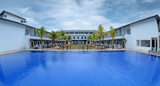 Coco Royal Beach Resort  4 *